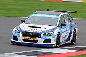 BTCC Qualifying report Brands Hatch BTCC: Turkington tops crazy wet-dry qualifying