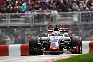 Formula 1 Special feature FP2 – Inside the Haas F1 Team garages