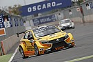 WTCC Valente frustrated with Tarquini over