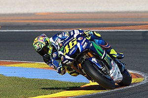 MotoGP BRÉKING MotoGP: Rossi elsőre csalódott a 2017-es motorban