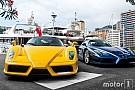 Auto Photos - Deux Ferrari Enzo sur le port de Monaco