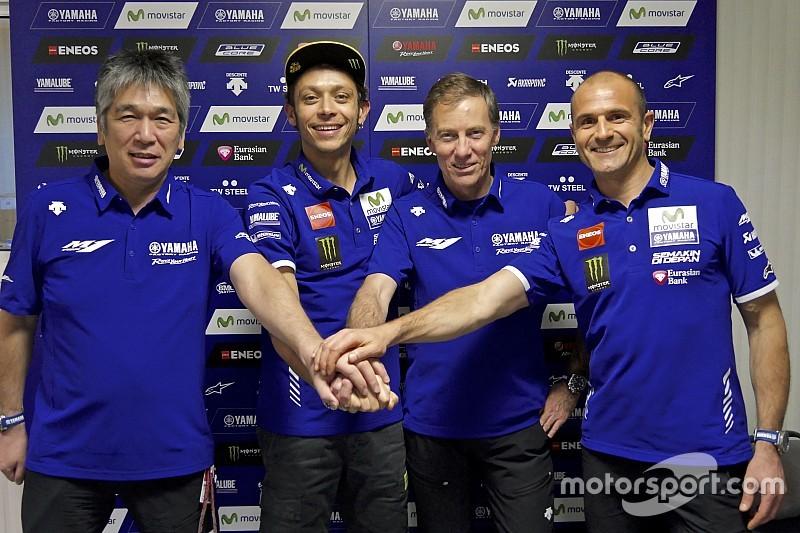 Rossi extends Yamaha MotoGP deal until 2018