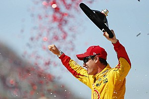 NASCAR Sprint Cup Race report Logano fends off Elliott, earns first win of 2016 at Michigan
