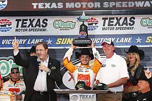 NASCAR XFINITY Race report Larson holds off Keselowski for Xfinity win at Texas
