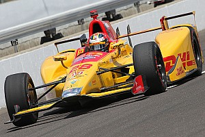 IndyCar Practice report Thursday practice update: Hunter-Reay blows up, Chaves remains P1