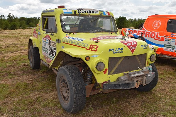 Dakar Ultime notizie Dakar: impresa del Rastrojero, un'auto anni 70 arriva al traguardo!