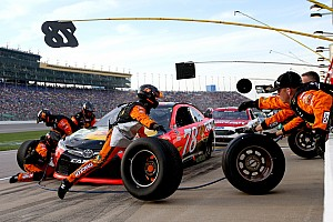 NASCAR Sprint Cup Breaking news NASCAR is considering smaller pit crews for 2017