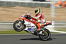 Iannone beats Rossi and injury to claim final Ducati podium