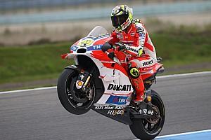 MotoGP Practice report Assen MotoGP: Iannone edges Rossi by 0.004s in FP2