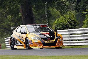 BTCC Race report Oulton Park BTCC: Neal victorious, Shedden tyre failure denies Honda 1-2