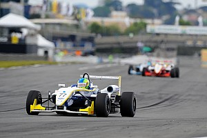 Fórmula 3 Brasil Relato da corrida Samaia suporta pressão de Iorio e vence corrida 2 da F3