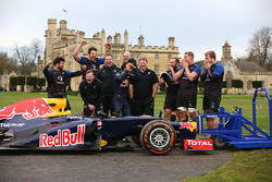 Daniel Ricciardo, Red Bull Racing with members of the Bath rugby squad