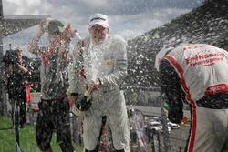 Prize giving ceremony, Race winner George Russell, HitechGP, Dallara F312 - Mercedes-Benz, Guanyu Zhou, Motopark, Dallara F312 - Volkswagen