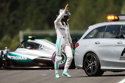 Ніко Росберг, Mercedes AMG F1 W07 Hybrid після аварії