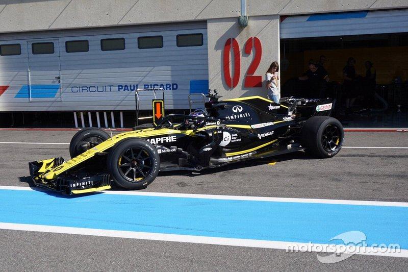 Test Pirelli: 218 giri per Russell con le 18 pollici