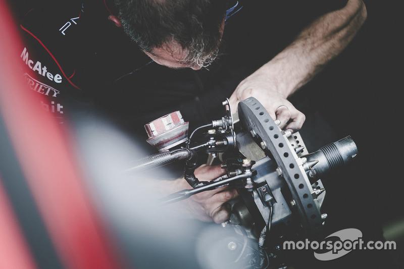 Dragon Racing mechanic at work