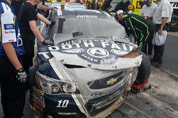 Danica Patrick, Stewart-Haas Racing Chevrolet crashed car