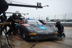 #10 Wayne Taylor Racing Corvette DP: Ricky Taylor, Jordan Taylor, Max Angelelli, Rubens Barrichello