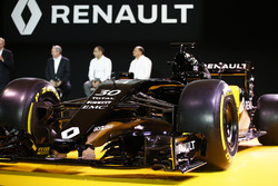 The Renault F1 Team car livery is revealed