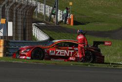 #38 Team Zent Cerumo Lexus RC F: Yuji Tachikawa, Hiroaki Ishiura retired from the race
