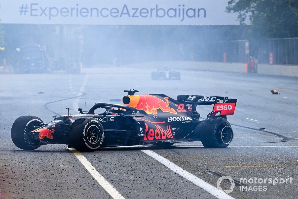 Max Verstappen, Red Bull Racing retiring after a tyre faliure