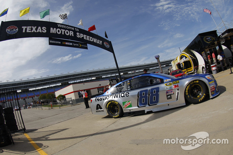 dale earnhardt jr hendrick motorsports chevrolet at texas. Cars Review. Best American Auto & Cars Review