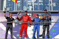 TCR Foto - Podium: second place Pepe Oriola, Team Craft-Bamboo, Seat León TCR; Winner Aku Pellinen, West Coast Racing, Honda Civic TCR; third place Dusan Borkovic, B3 Racing Team Hungary, Seat León TCR