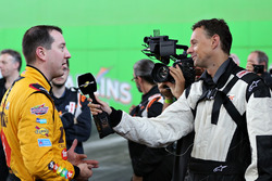Kyle Busch talks to Motorsport.com Editor in Chief Charles Bradley