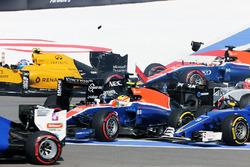 Nico Hulkenberg, Sahara Force India F1 VJM09 crashes at the start of the race with Rio Haryanto, Manor Racing MRT05