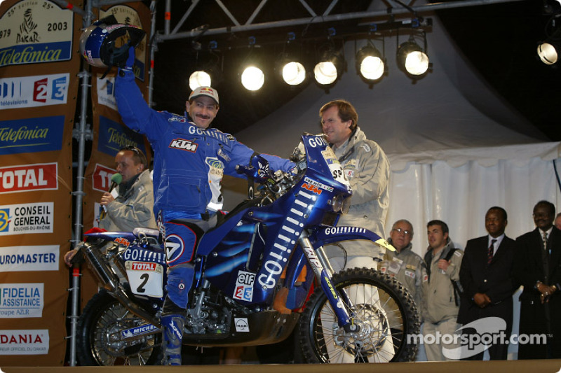 Dakar: South Africa drivers stage eight report