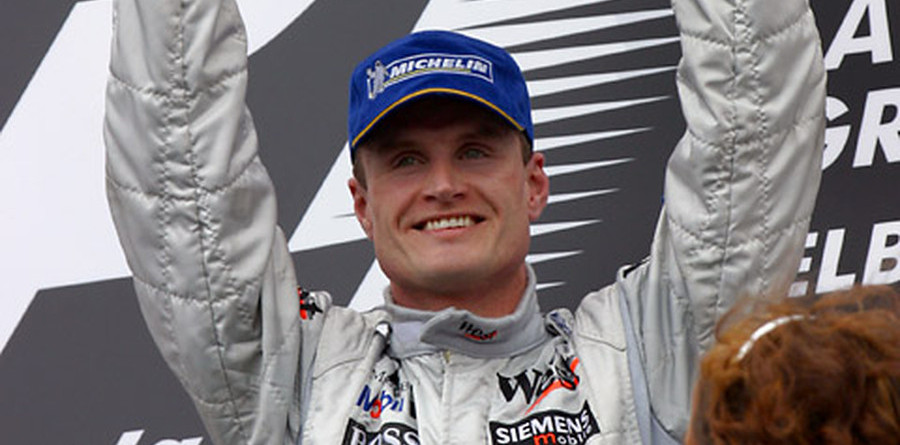 Coulthard takes victory at Australian GP