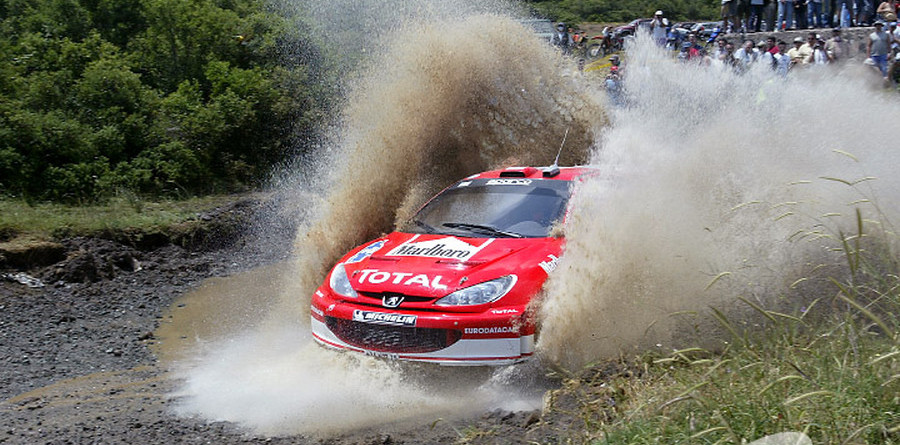 Dust storms end first day of Acropolis Rally early