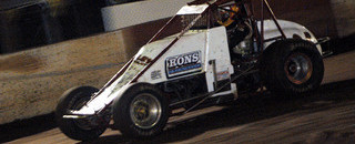 Davis grabs Hawaii Friday night feature