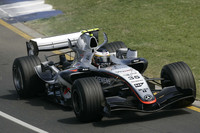 De La Rosa fastest on Australian GP Friday