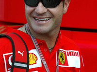 BAR confirms Barrichello in multi-year deal