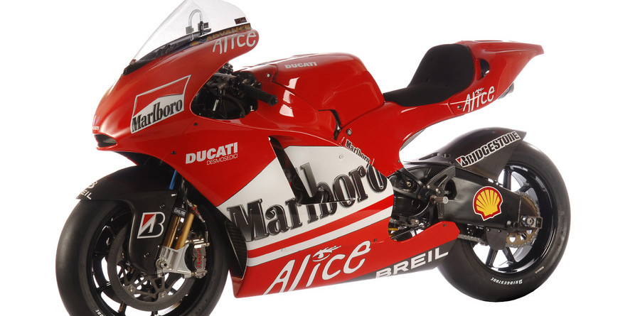 Ducati's Desmosedici GP6 sees the light