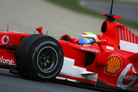 Ferrari leads on day one at Jerez