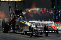 Troxel takes first Funny Car win in Bristol