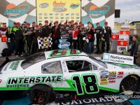 Kyle Busch dominates Nationwide race in Phoenix
