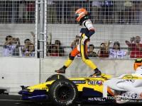 Crashgate's Piquet rules out F1 return