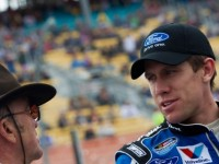 Edwards takes Nationwide Series pole at Fontana