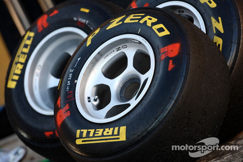 Other tyre marques feared for 'image' - Ecclestone