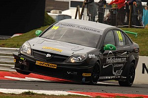 BTCC Triple 8 set for Knockhill fight