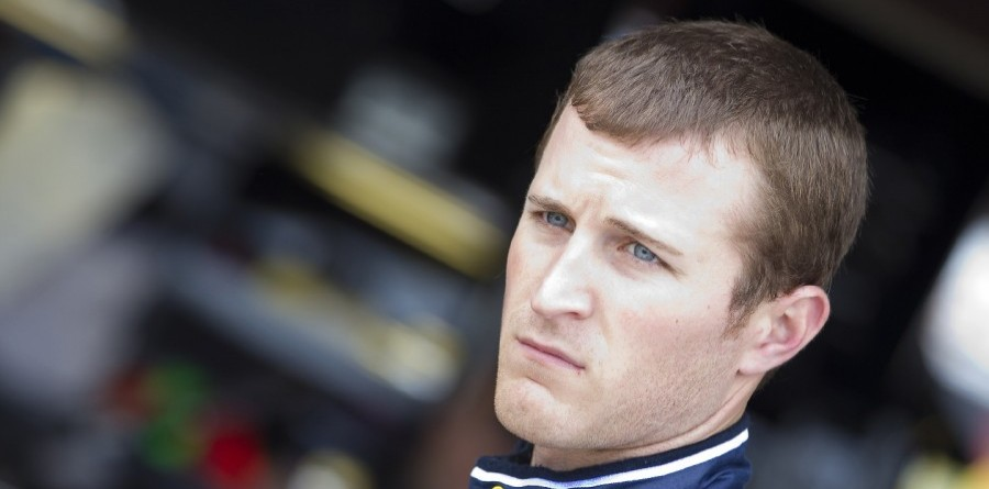 Kahne claims Sprint Cup pole at Atlanta