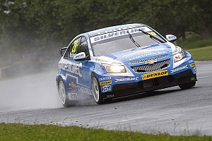 Alex MacDowall sets sights on Brands Hatch