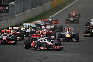 Formula One to consider 'third car' issue for 2013