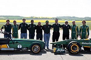 Formula 1 Caterham to keep green and yellow Lotus livery