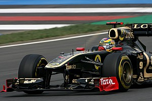 Senna hopes to keep Renault/Lotus seat for 2012
