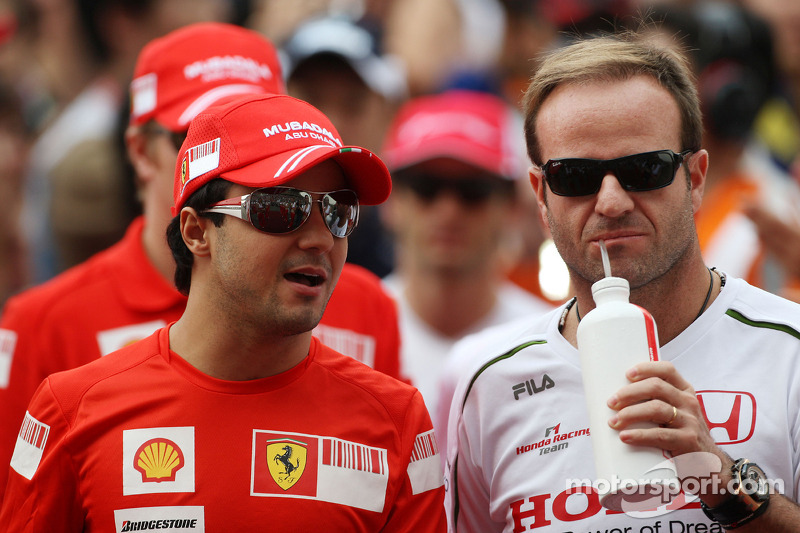 Massa urges Barrichello to announce retirement