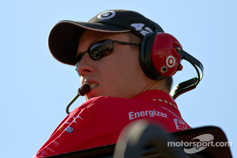 Brian Pattie moves to Michael Waltrip Racing